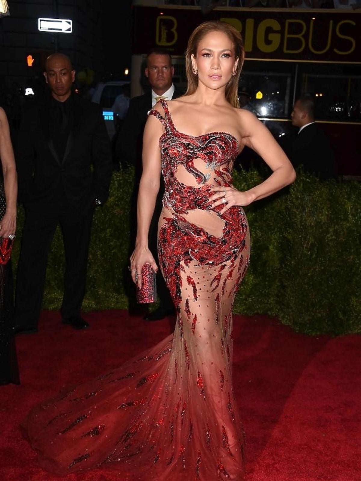 Jennifer Lopez na gali MET 2015
