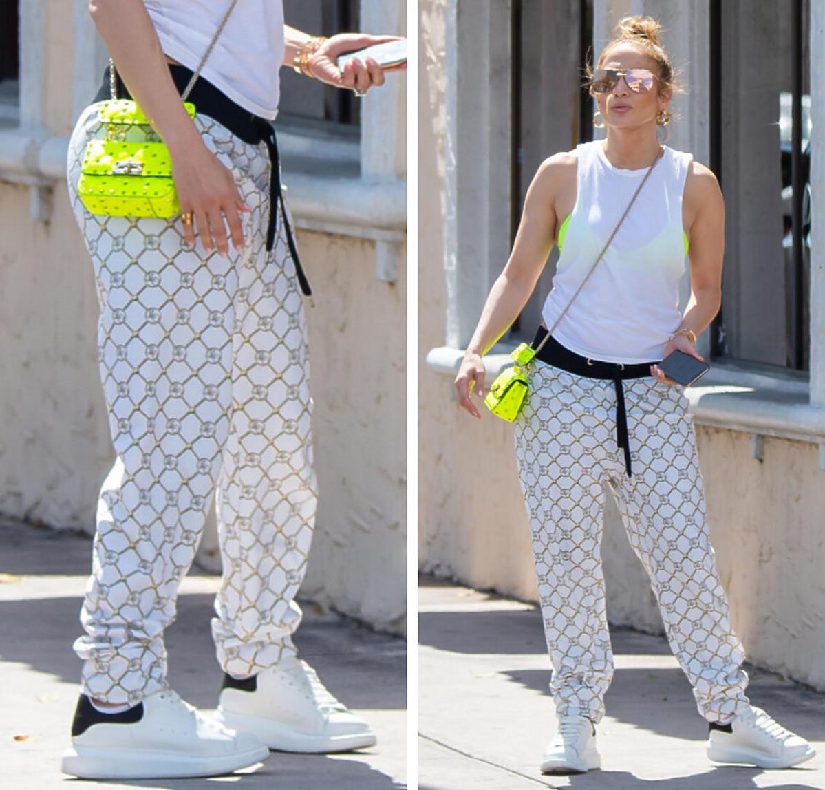 Jennifer Lopez w dresach