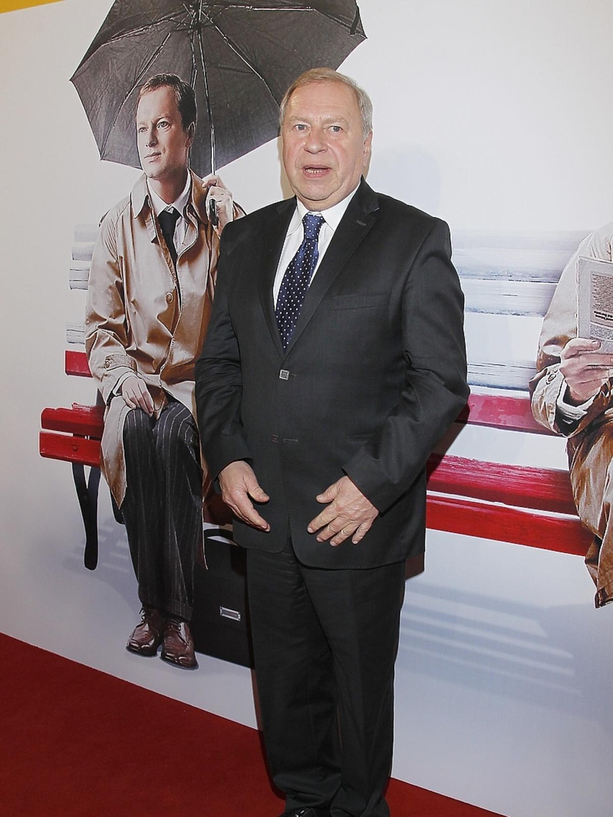 Jerzy Stuhr na premierze filmu Obywatel