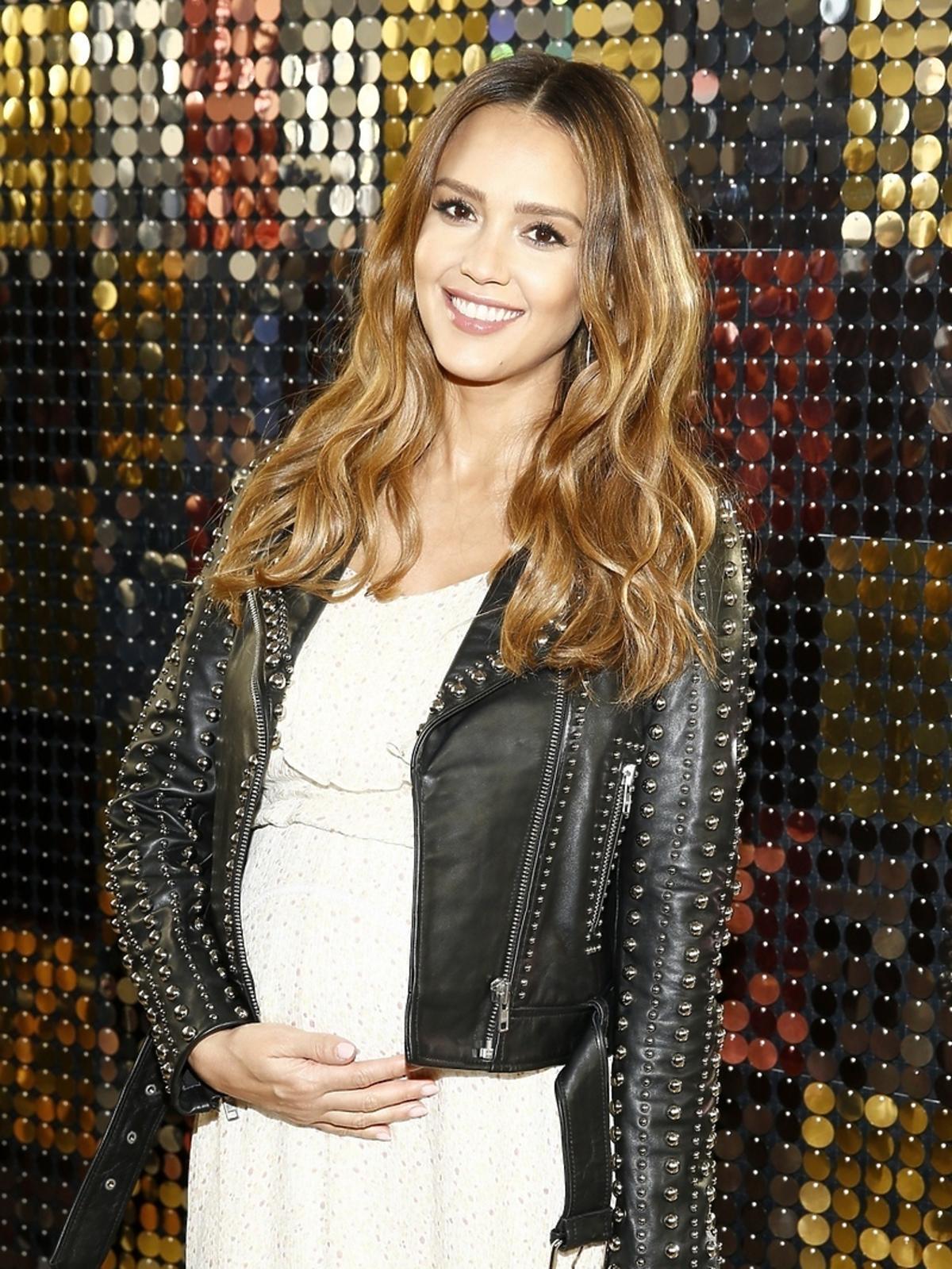 Jessica Alba w ciąży na New York Fashion Week