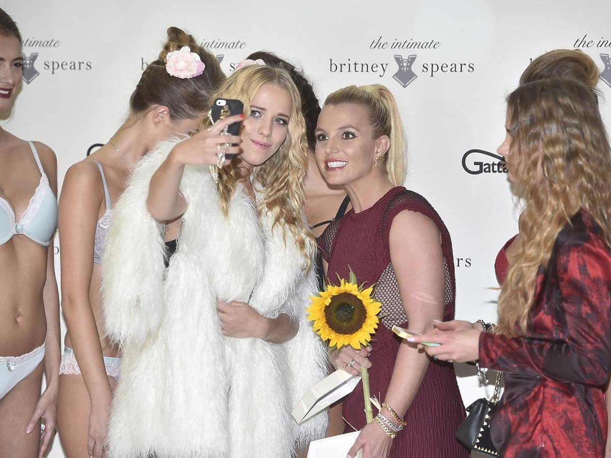 Jessica Mercedes na spotkaniu z Britney Spears