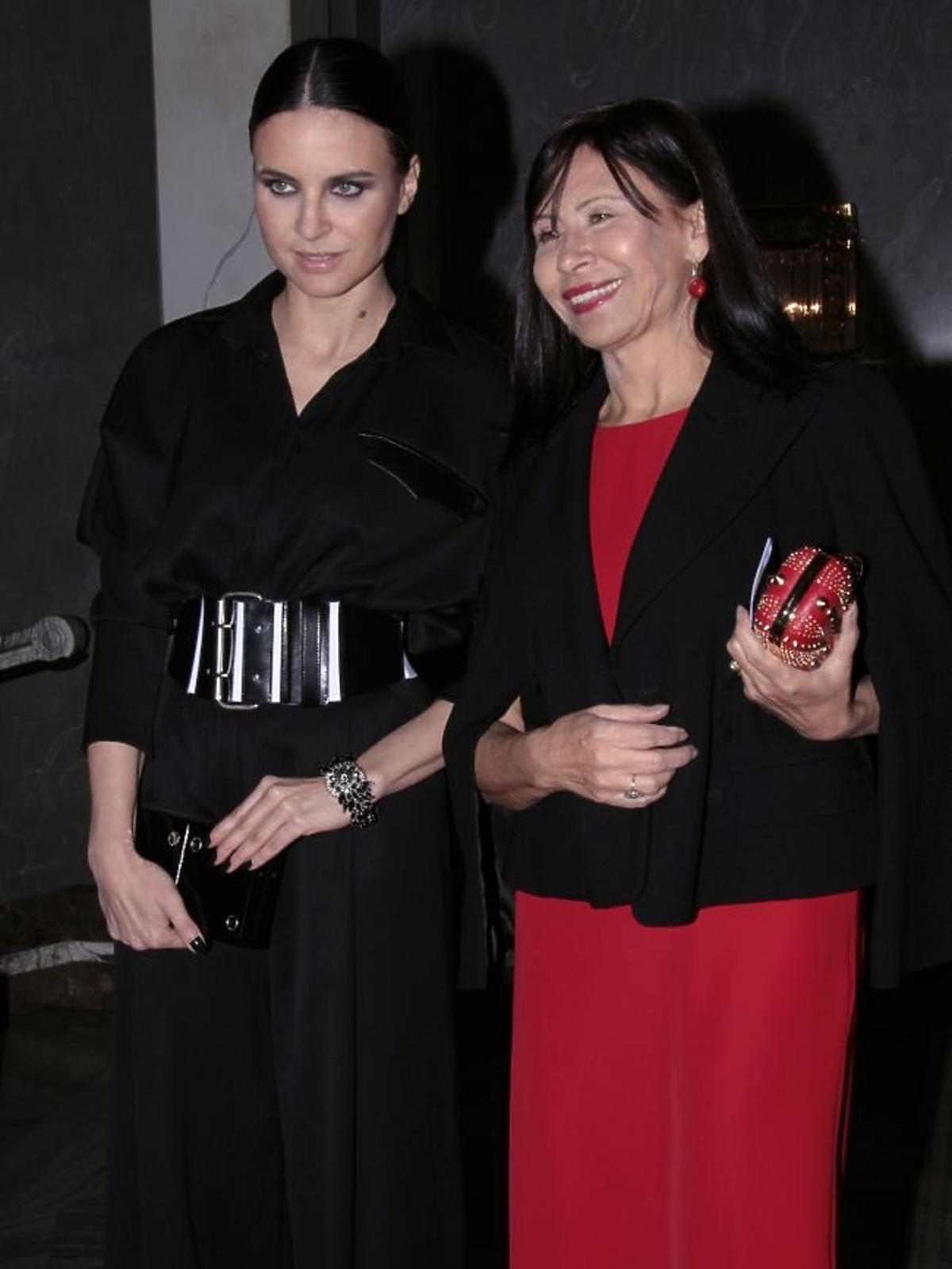 Joanna Horodyńska z mamą na premierze opery