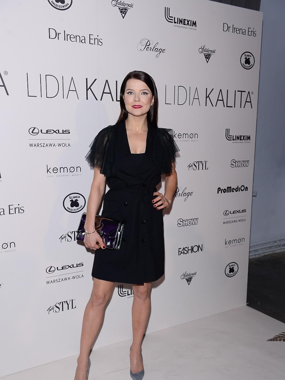 Joanna Jabłczyńska na pokazie kolekcji Lidii Kality