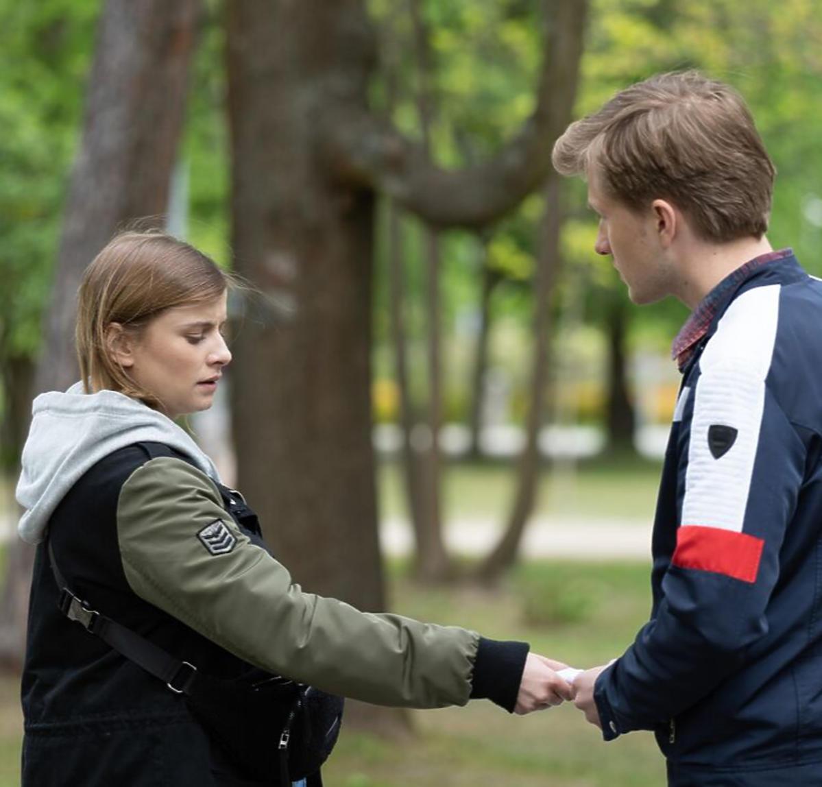 Joanna Jarmołowicz i Jakub Józefowicz na planie