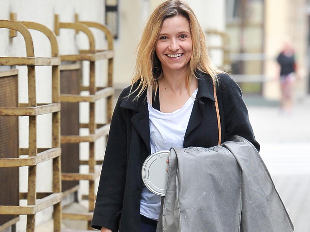 Joanna Koroniewska w Warszawie zdjęcia paparazzi