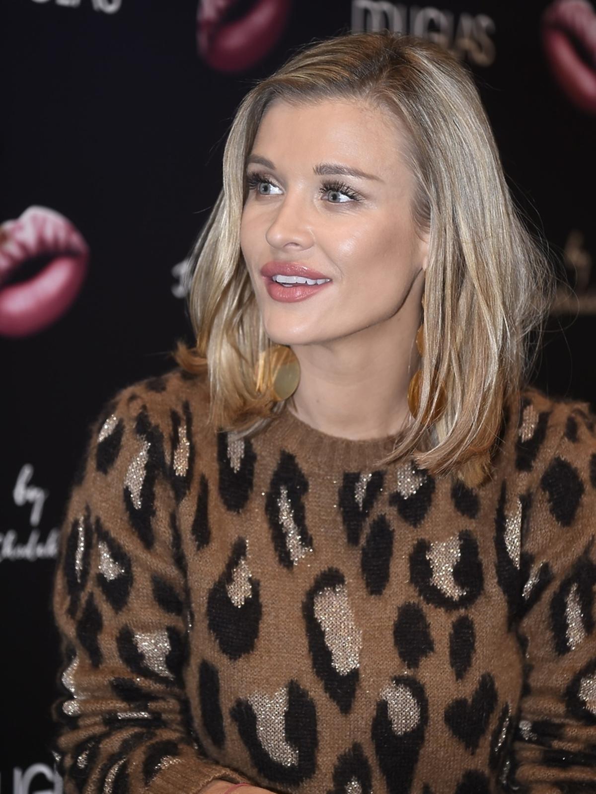 Joanna Krupa i Ewa Chodakowska reklamują Kiss Kit