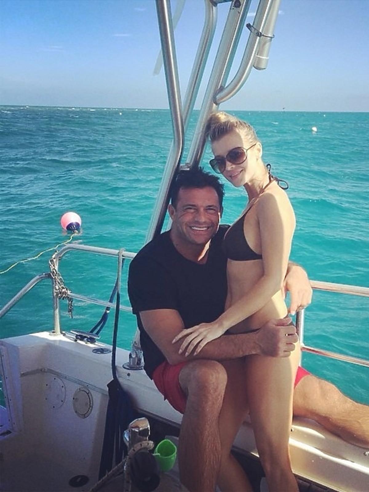 Joanna Krupa i Romain Zago na wakacjach w Palm Island