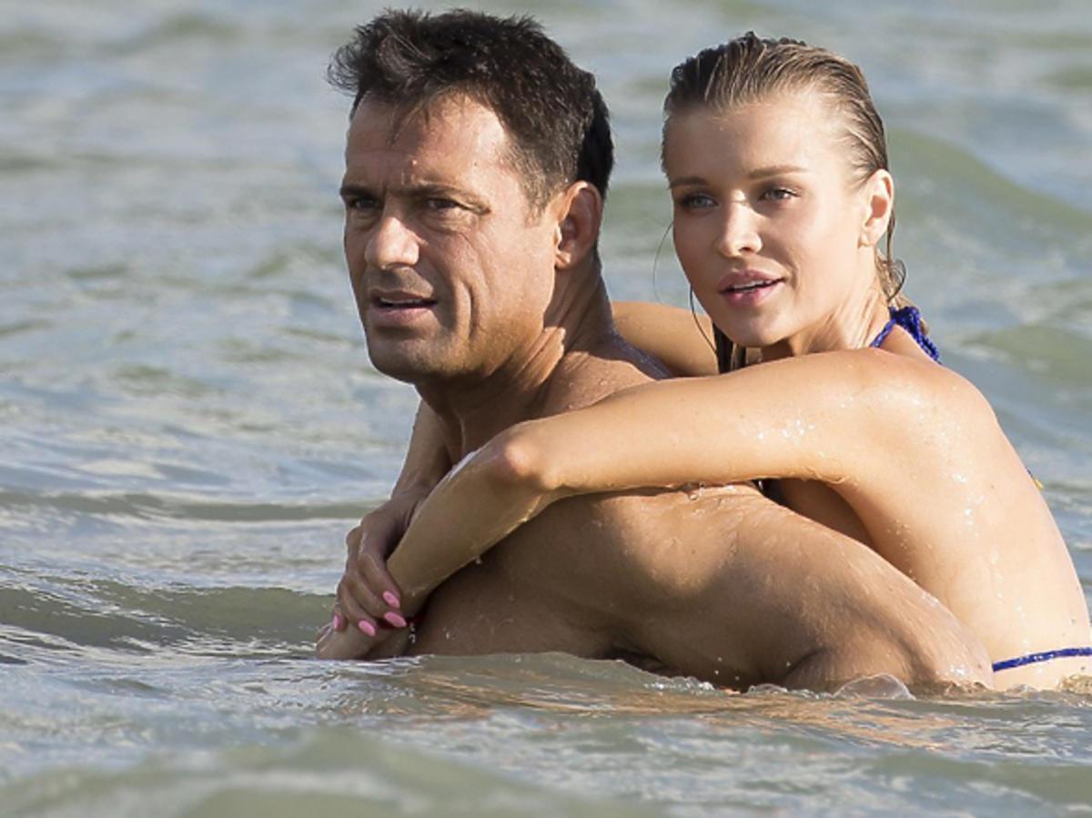 Joanna Krupa i Romain Zago  pływają razem