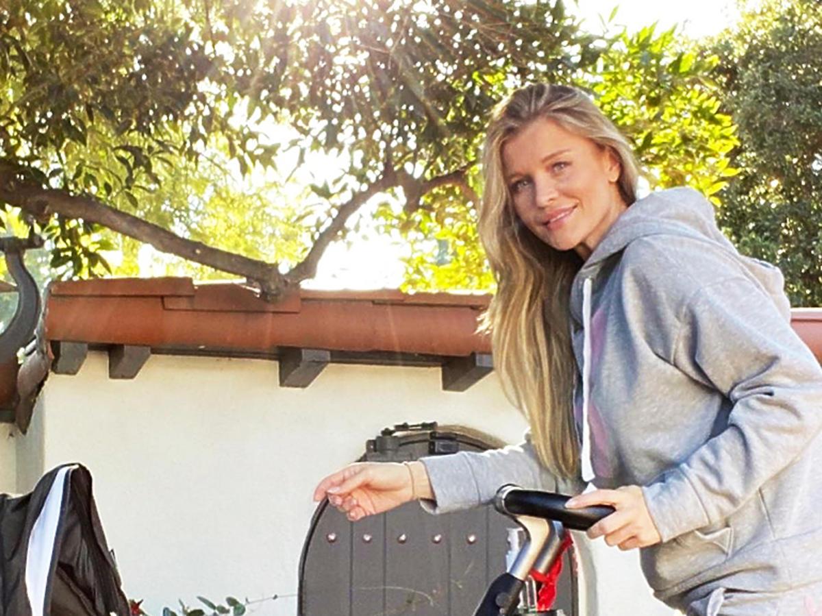 Joanna Krupa pokazała wózek córki