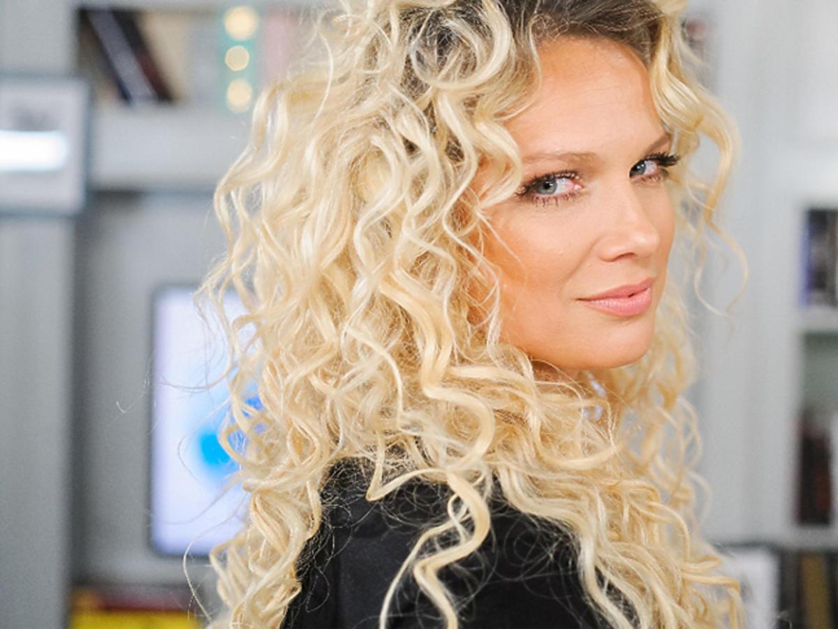 Joanna Liszowska w programie Demakijaż