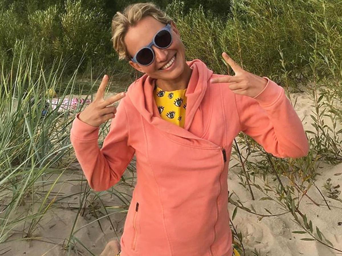 Joanna Moro na piasku