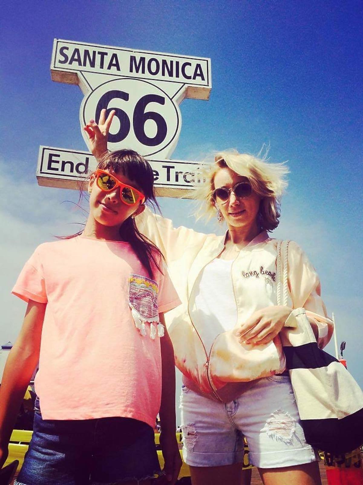 Joanna Orleańska i jej córka Antonina jechały najsłynniejsza drogą Route 66 łączącą Los Angeles z Santa Monica.