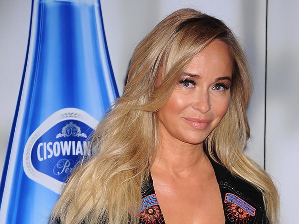 Joanna Przetakiewicz w rozpuszczonych włosach
