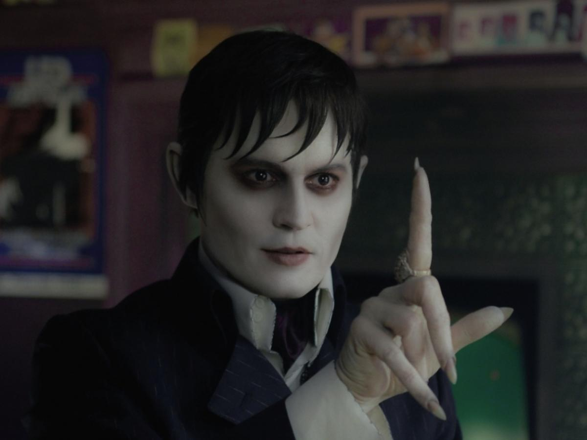 Johnny Depp jako Barnabas Collins