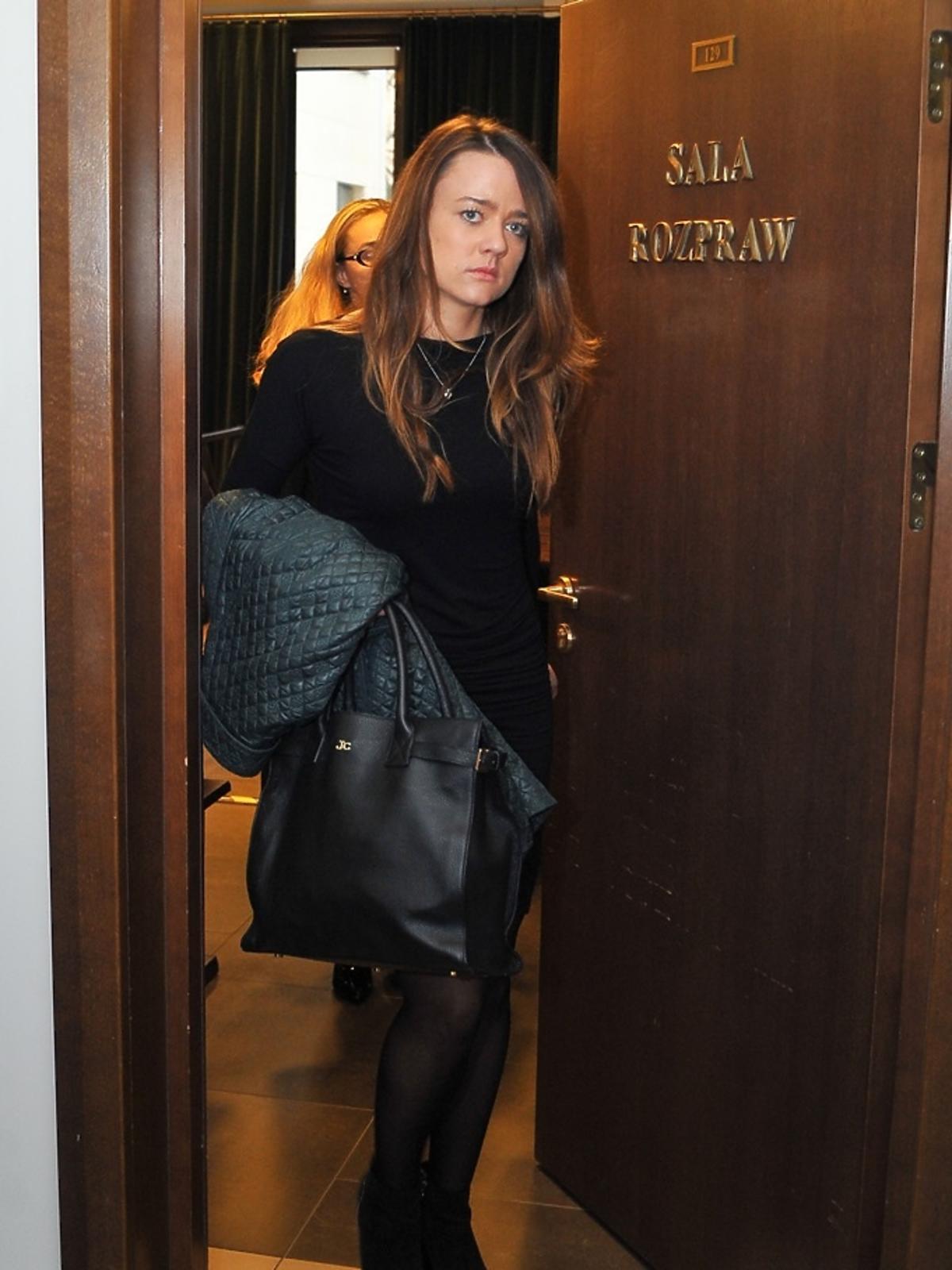 Julia Chajzer w czarnej sukience