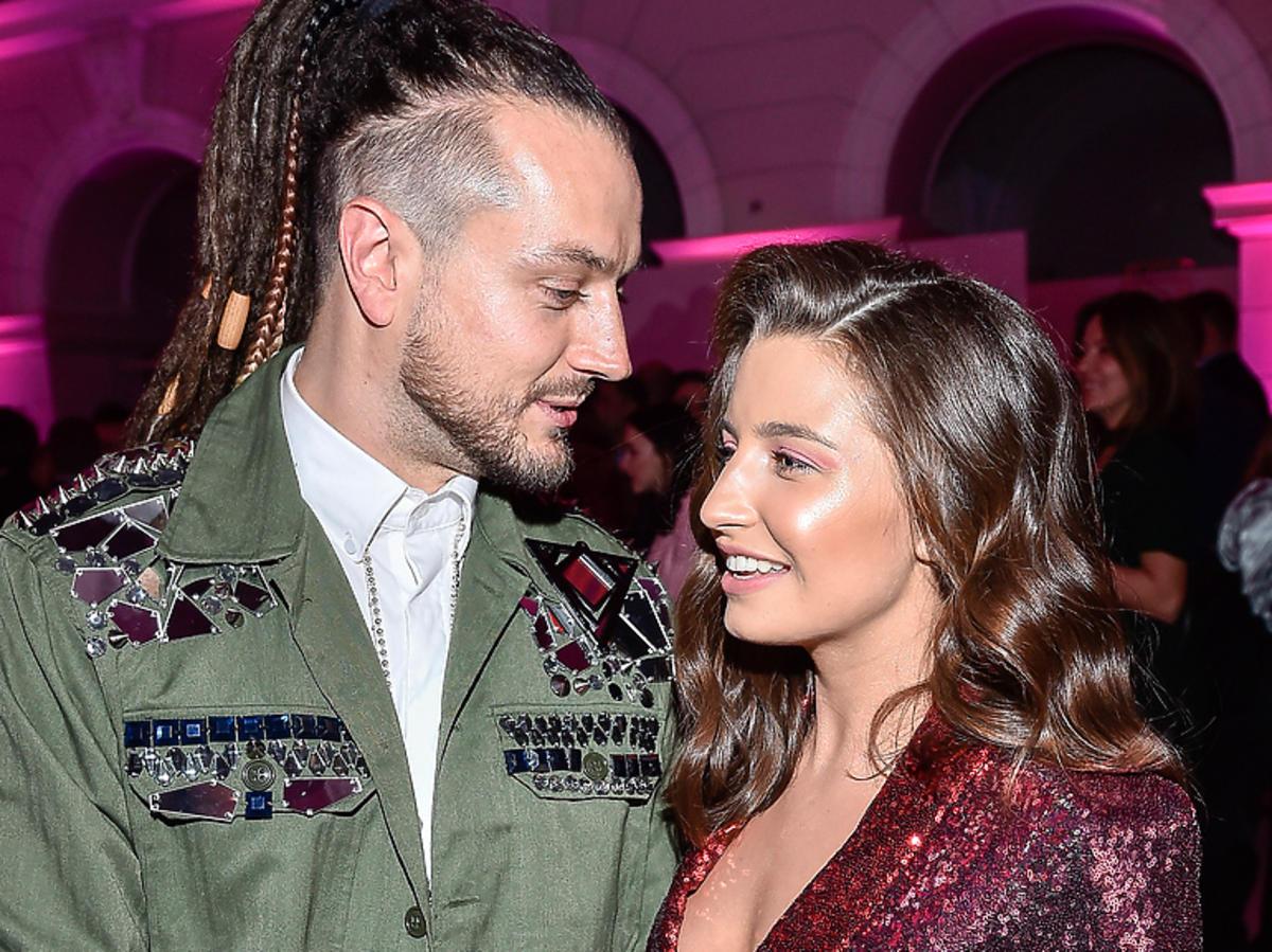 Julia Wieniawa i Baron na imprezie