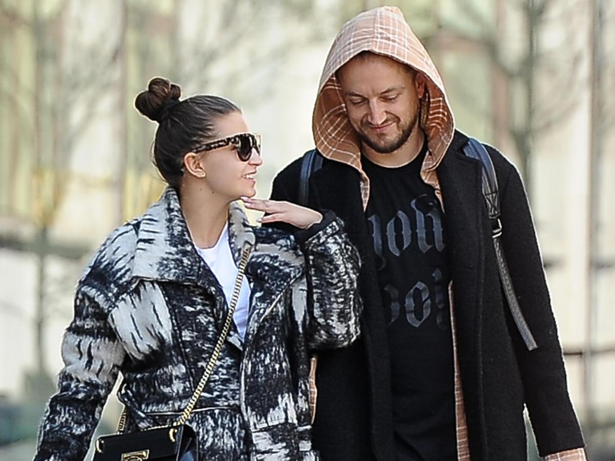 Julia Wieniawa i Baron, zdjęcie uliczne