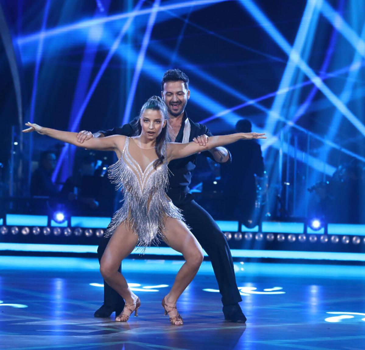 Julia Wieniawa i Stefano Terrazzino w pierwszym odcinku