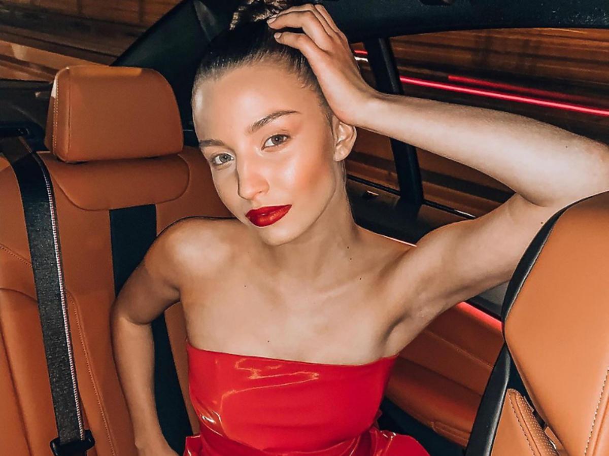 Julia Wieniawa jako muza duetu MMC na gali Flesz Fashion Night 2019