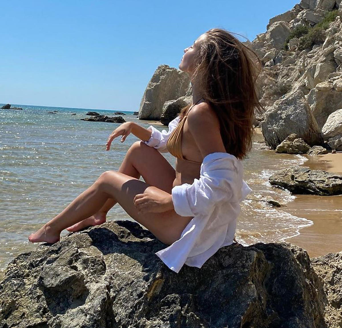 Julia Wieniawa na wakacjach w kostiumie kąpielowym