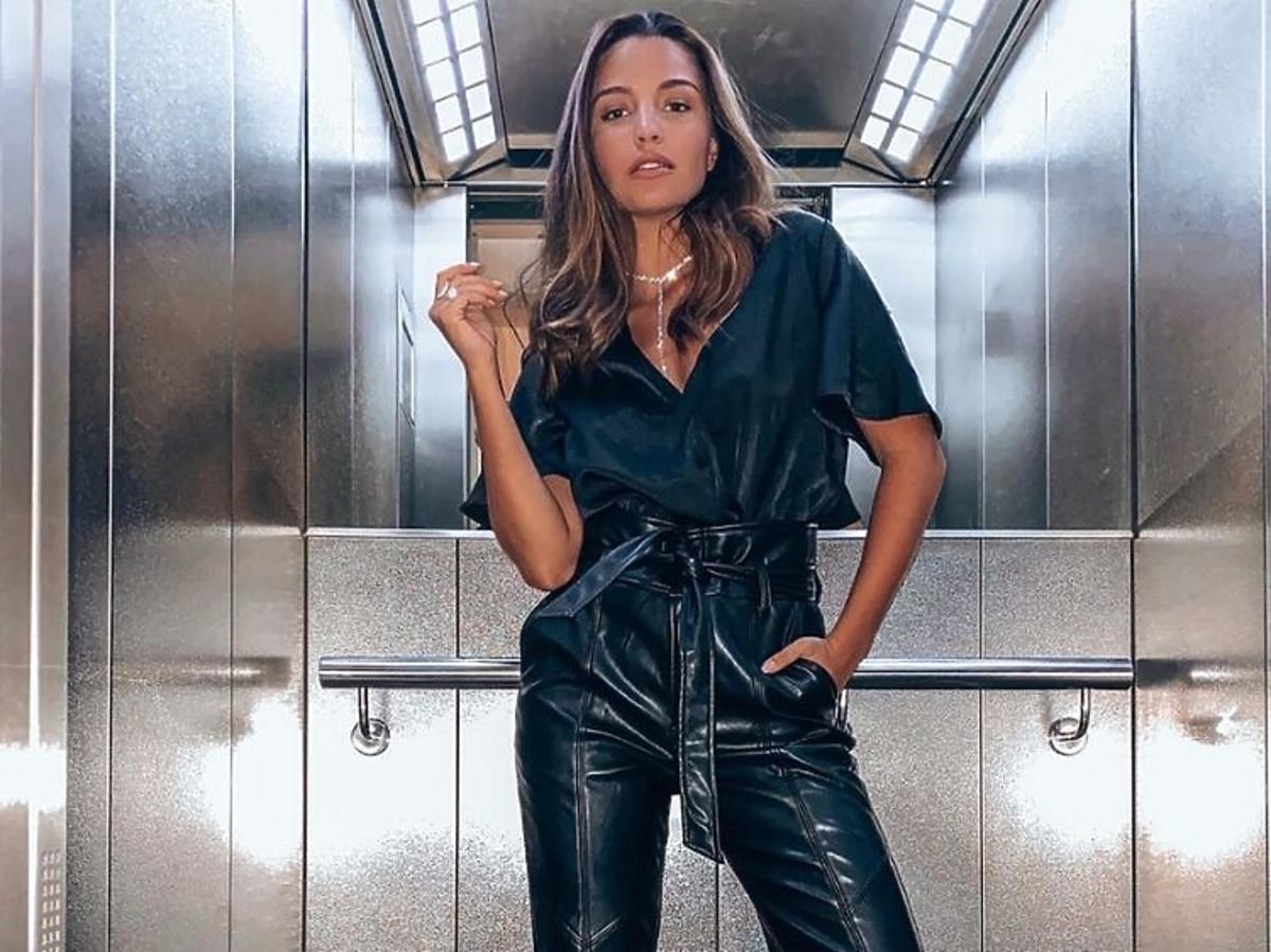 Julia Wieniawa w skórzanych spodniach NA-KD