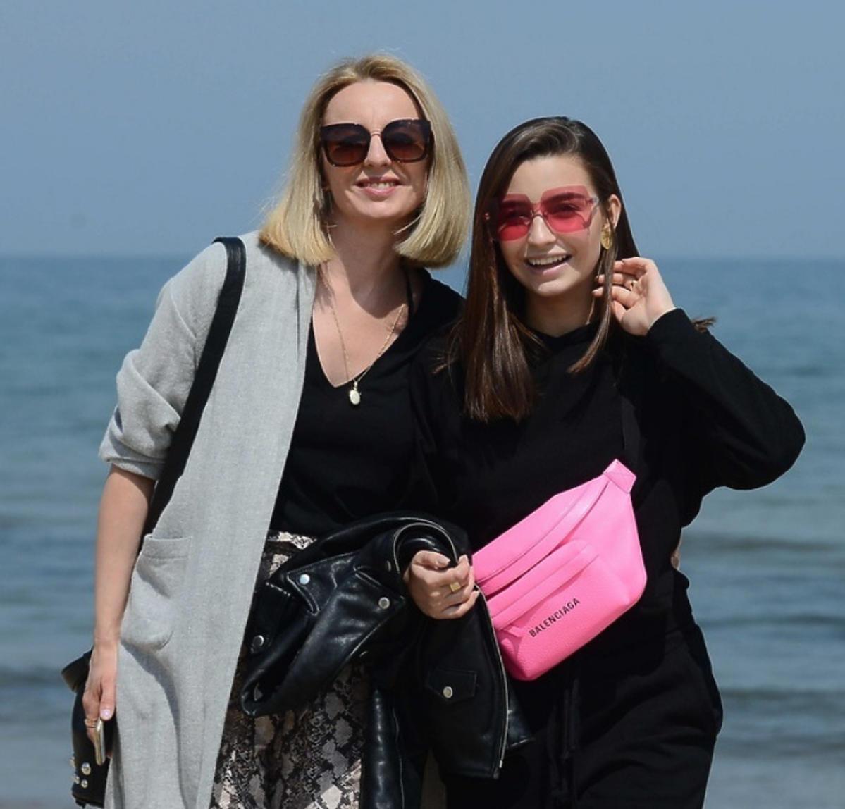 Julia Wieniawa z mamą w Sopocie
