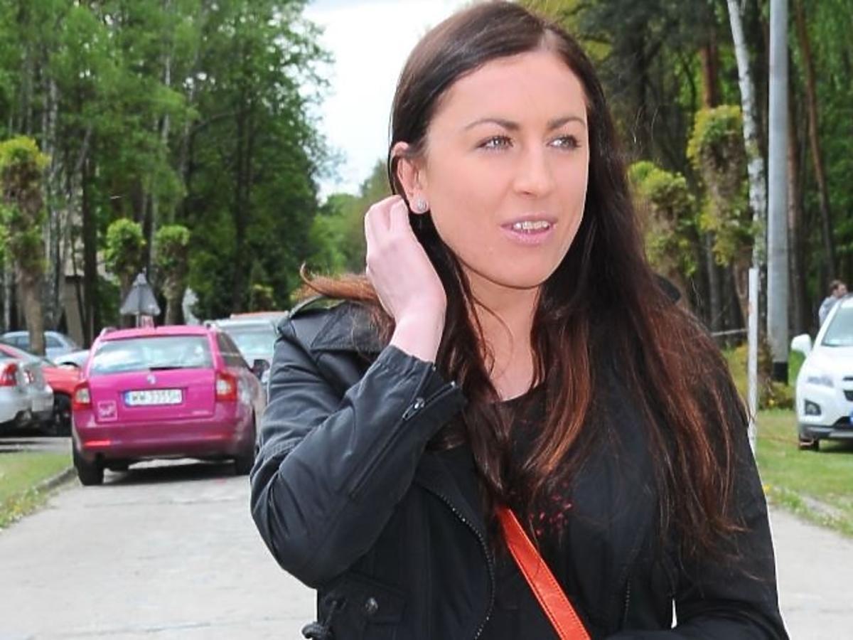 Justyna Kowalczyk w czarnej kurtce