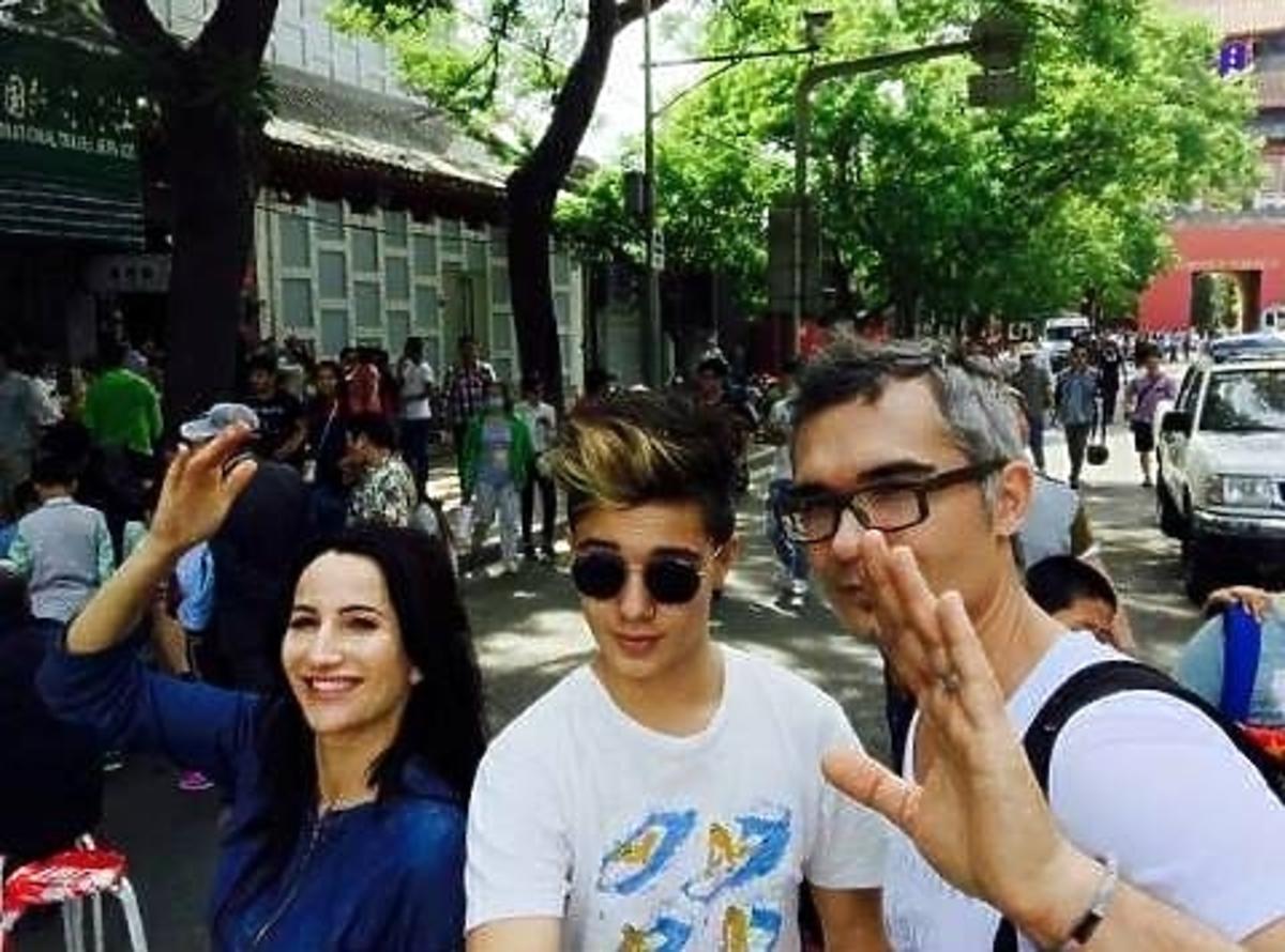 Justyna Steczkowska, Leon Myszkowski i Maciej Myszkowski w Chinach