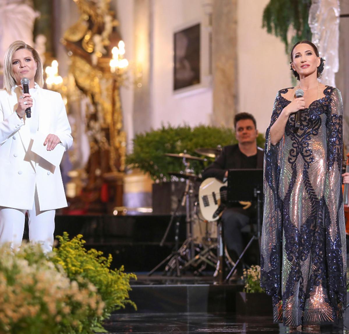Justyna Steczkowska na koncercie z okazji 100. urodzin papieża