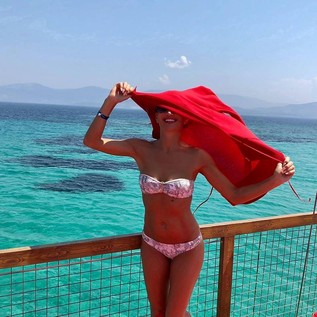 Justyna Steczkowska na wakacjach w bikini