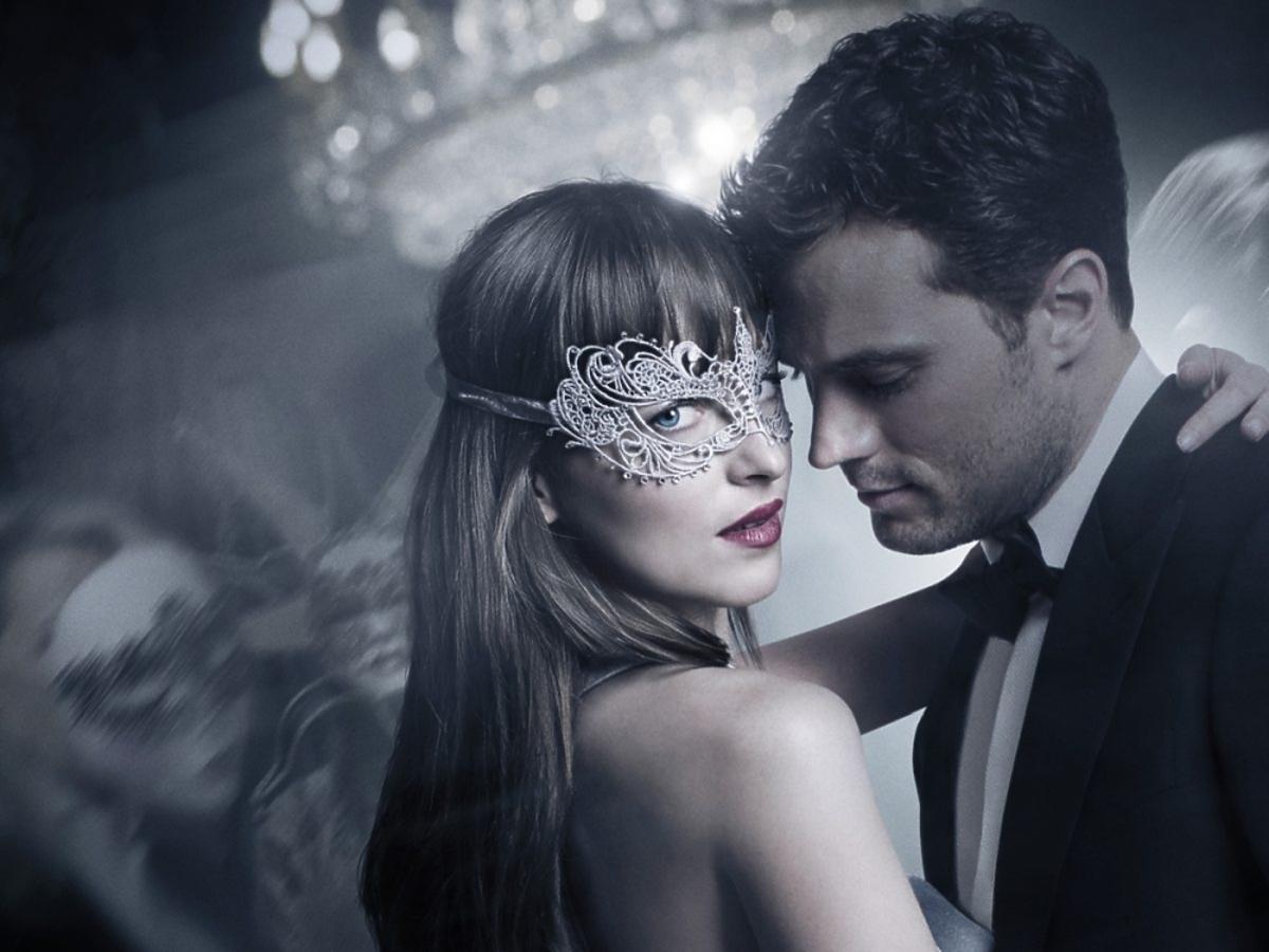 kadr z filmu Ciemniejsza strona Greya