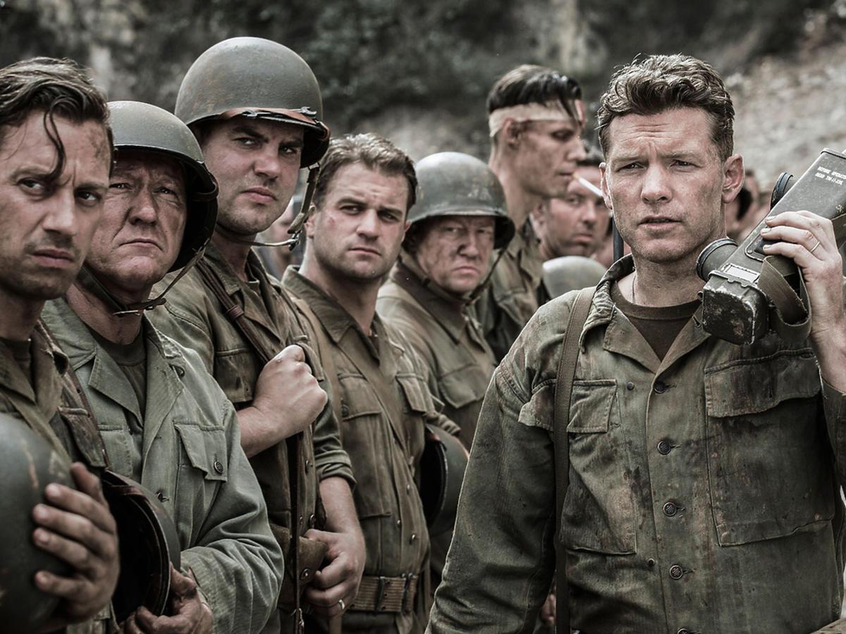 Kadr z filmu w reżyserii Mela Gibsona - Przełęcz ocalonych