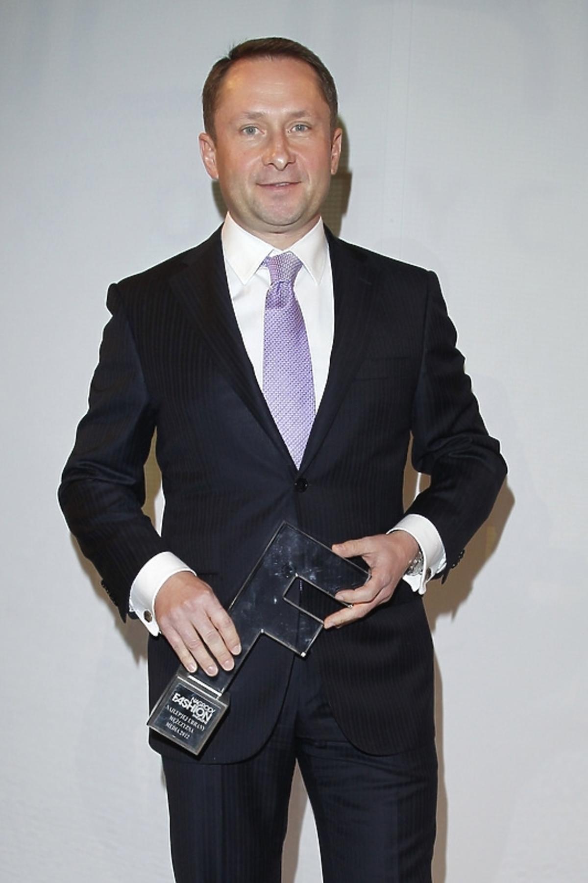 Kamil Durczok na rozdaniu nagród Fashion Magazine