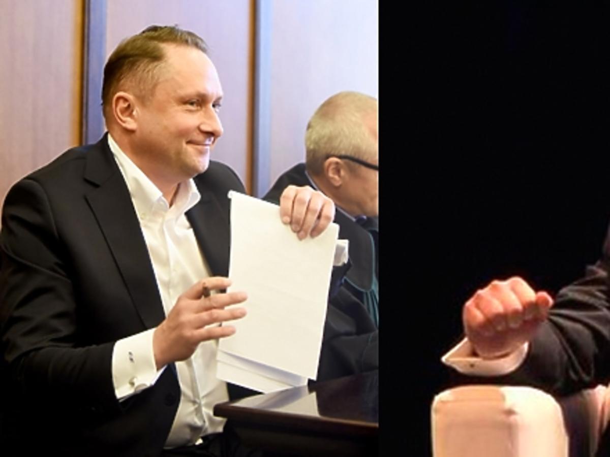 Kamil Durczok w szarym garniturze w Katowicach na panelu gospodarczym