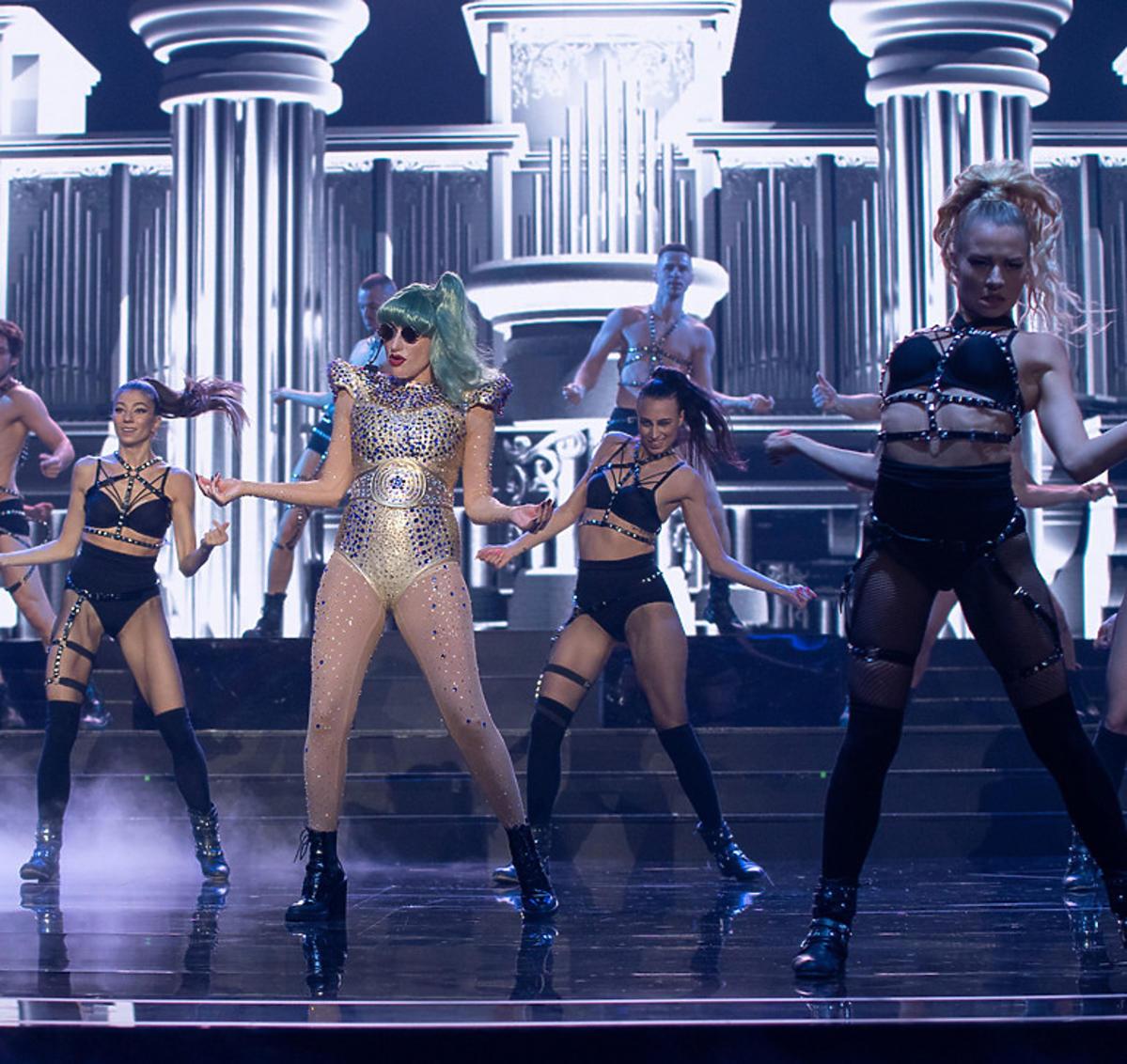 Kamila Boruta w jako Lady Gaga w Twoja Twarz Brzmi Znajomo