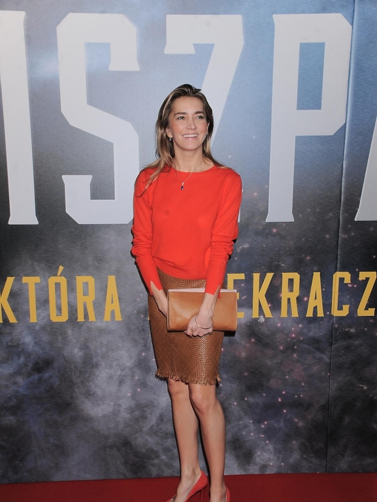 Kamilla Baar na premierze filmu