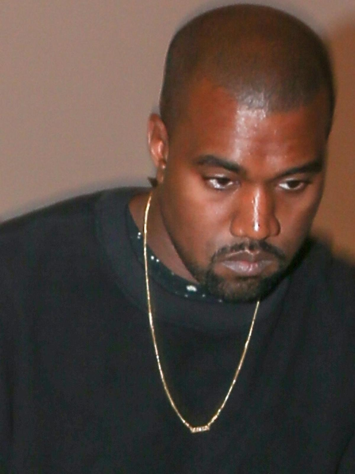Kanye West na lotnisku LAX w Los Angeles
