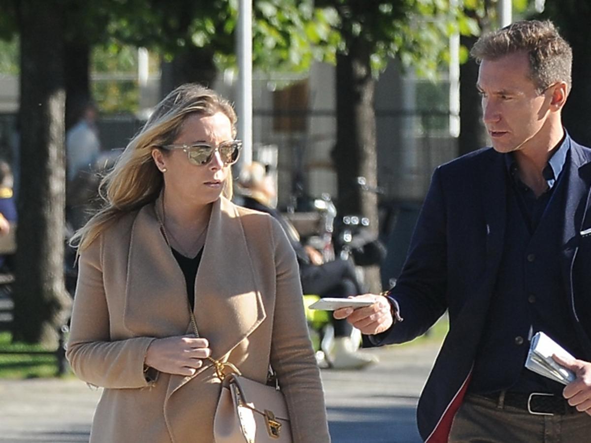 Karolina Ferenstein Kraśko i Piotr Kraśko na spacerze w Sopocie