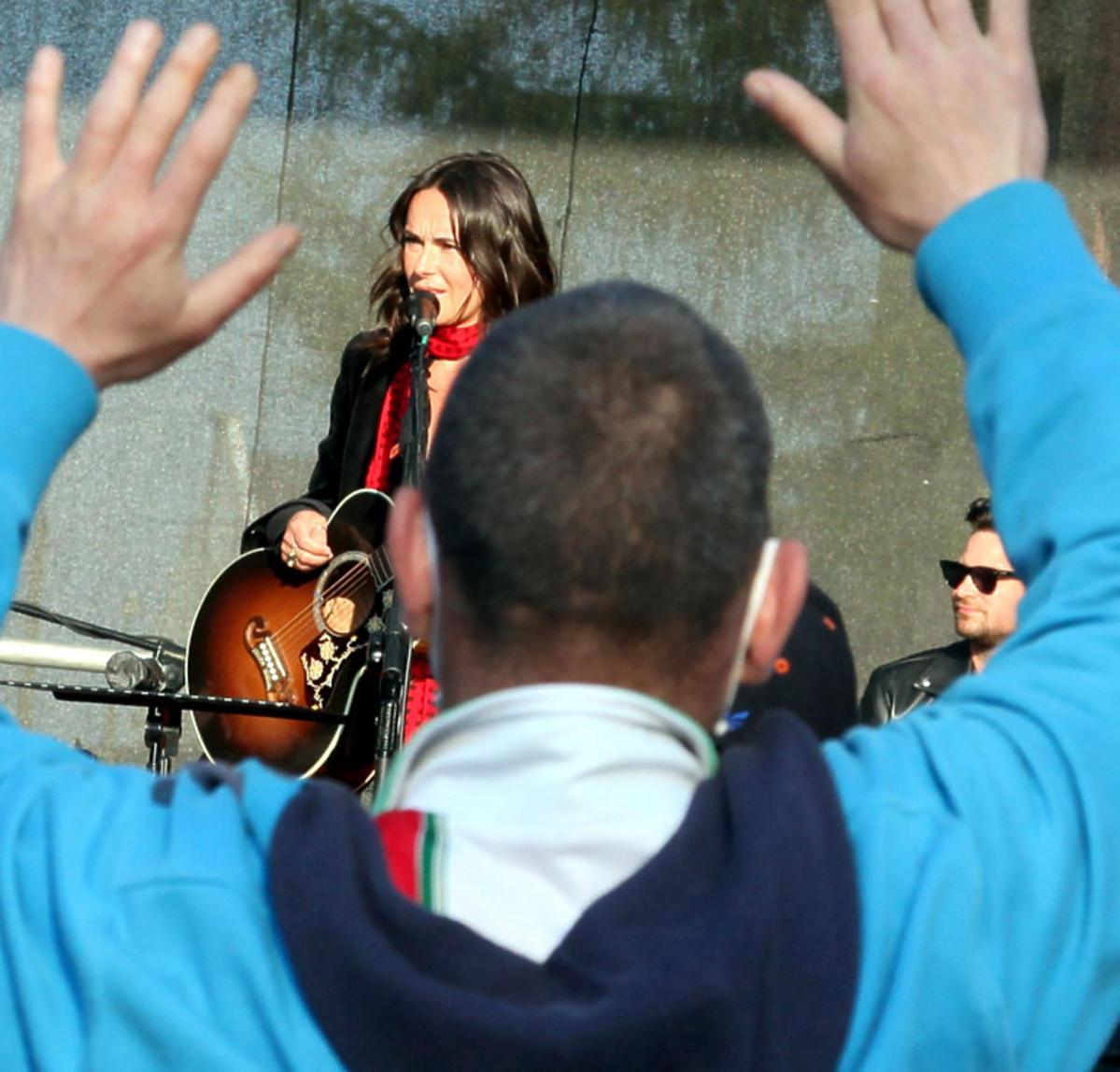 Kasia Kowalska zagrała koncert w Ciechnowie. Tłum ludzi pod sceną