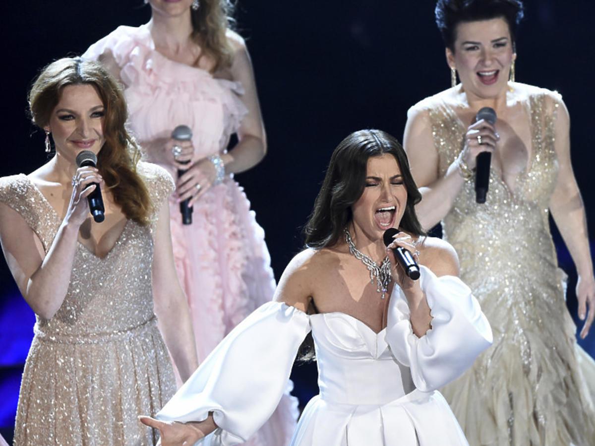 """Kasia Łaska w wykonaniu piosenki z """"Krainy lodu 2""""  na gali Oscarów 2020"""