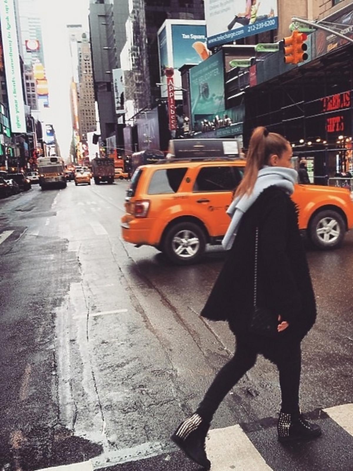 Kasia Sowińska na spacerze w Nowym Jorku na Instagramie
