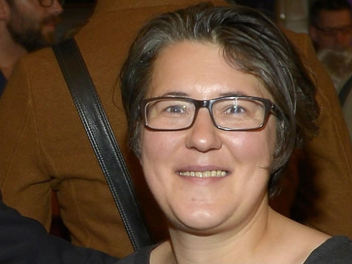 Katarzyna Adamik z dziewczyną na premierze sztuki