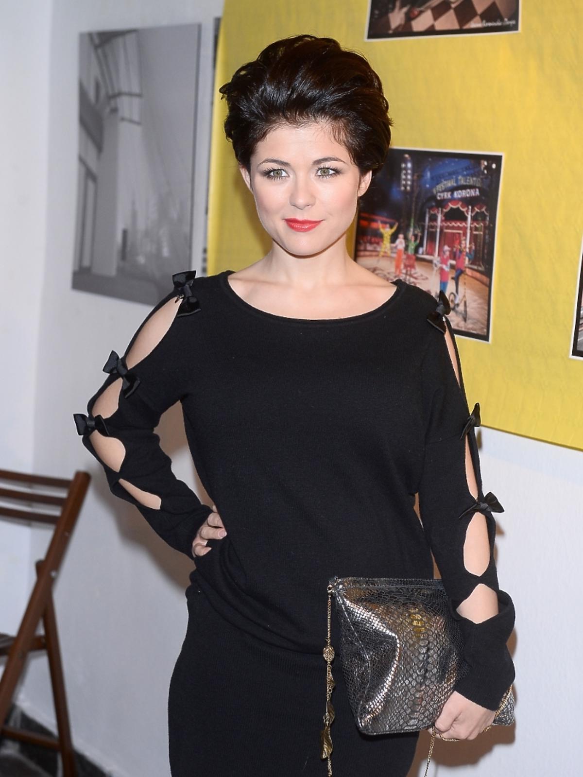 Katarzyna Cichopek w dziwnej stylizacji