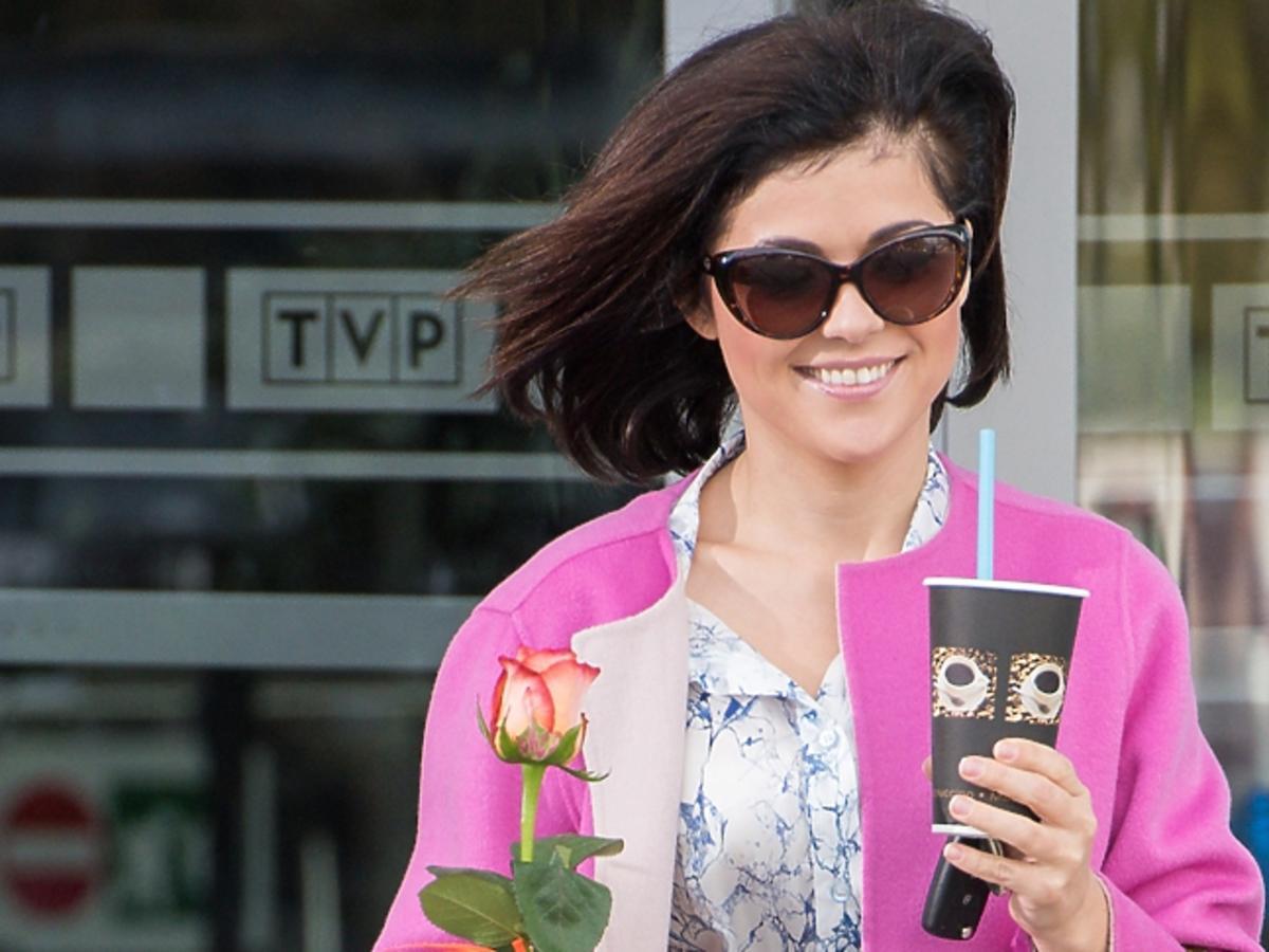 Katarzyna Cichopek w różowej marynarce