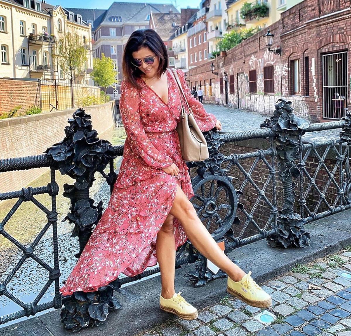Katarzyna Cichopek w sukience Just Paul