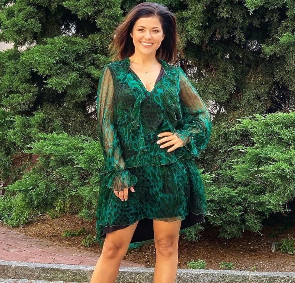 Katarzyna Cichopek w sukience w zieloną panterkę