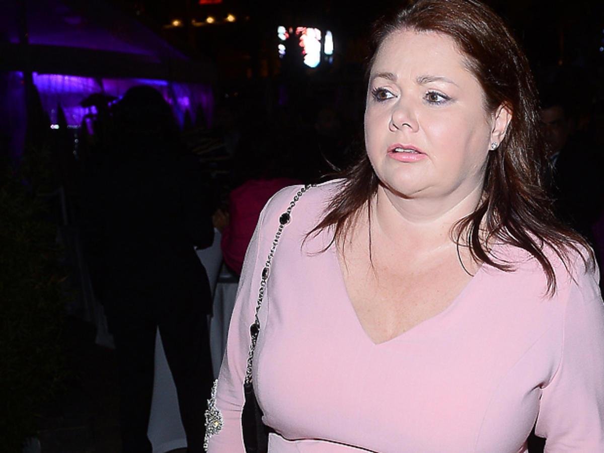 Katarzyna Niezgoda w różowej sukience