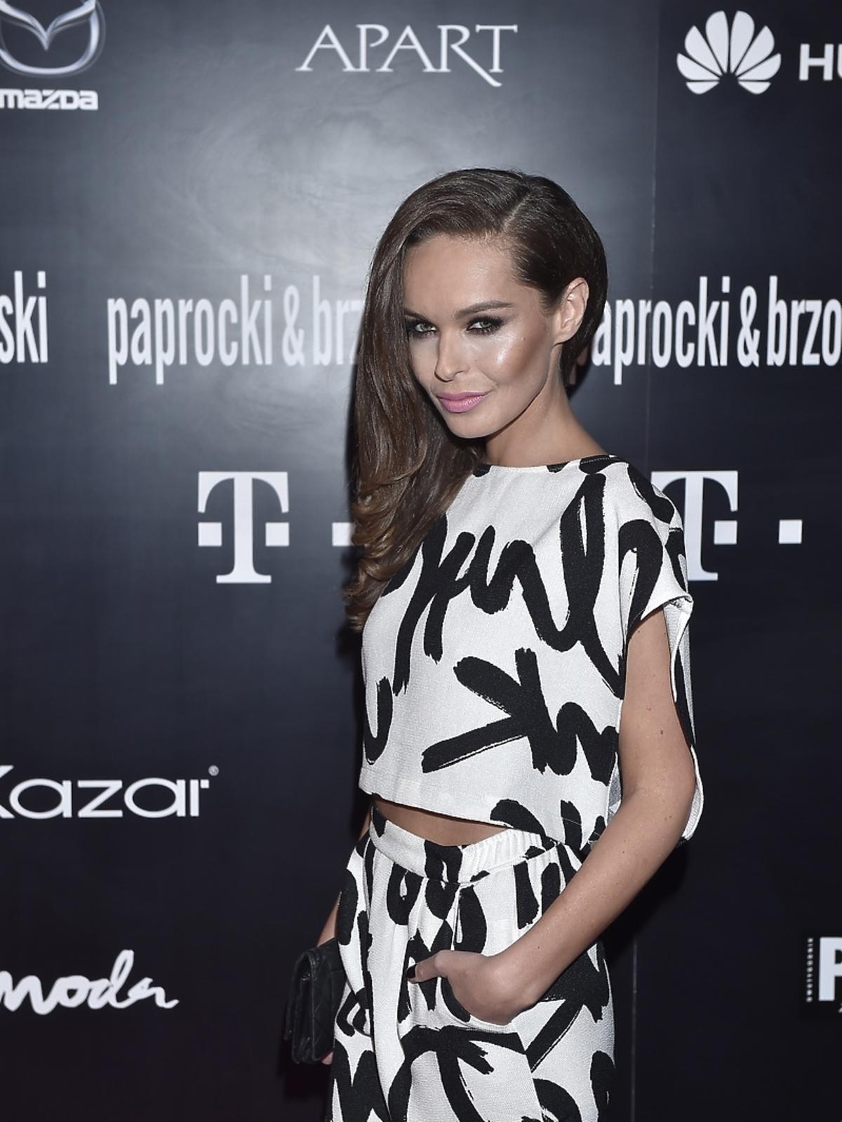 Katarzyna Sowińska na pokazie Paprocki&Brzozowski
