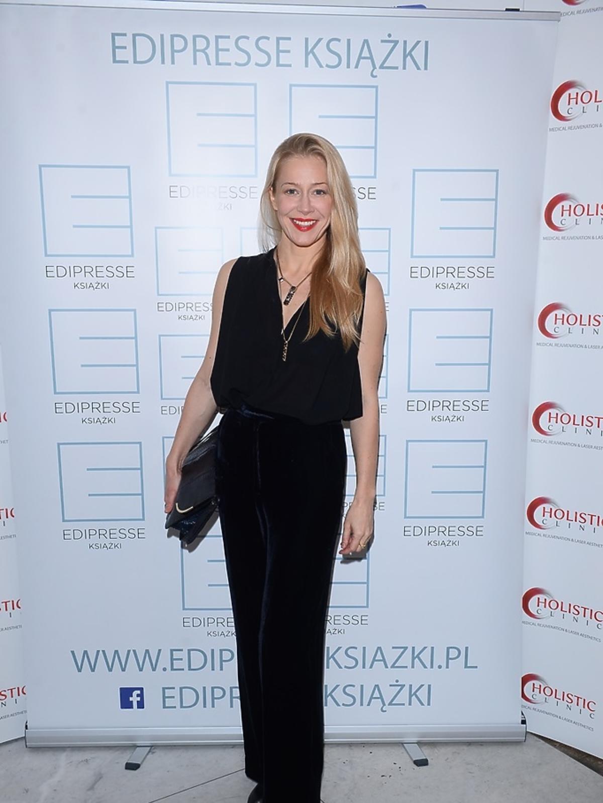 Katarzyna Warnke ubrana na czarno