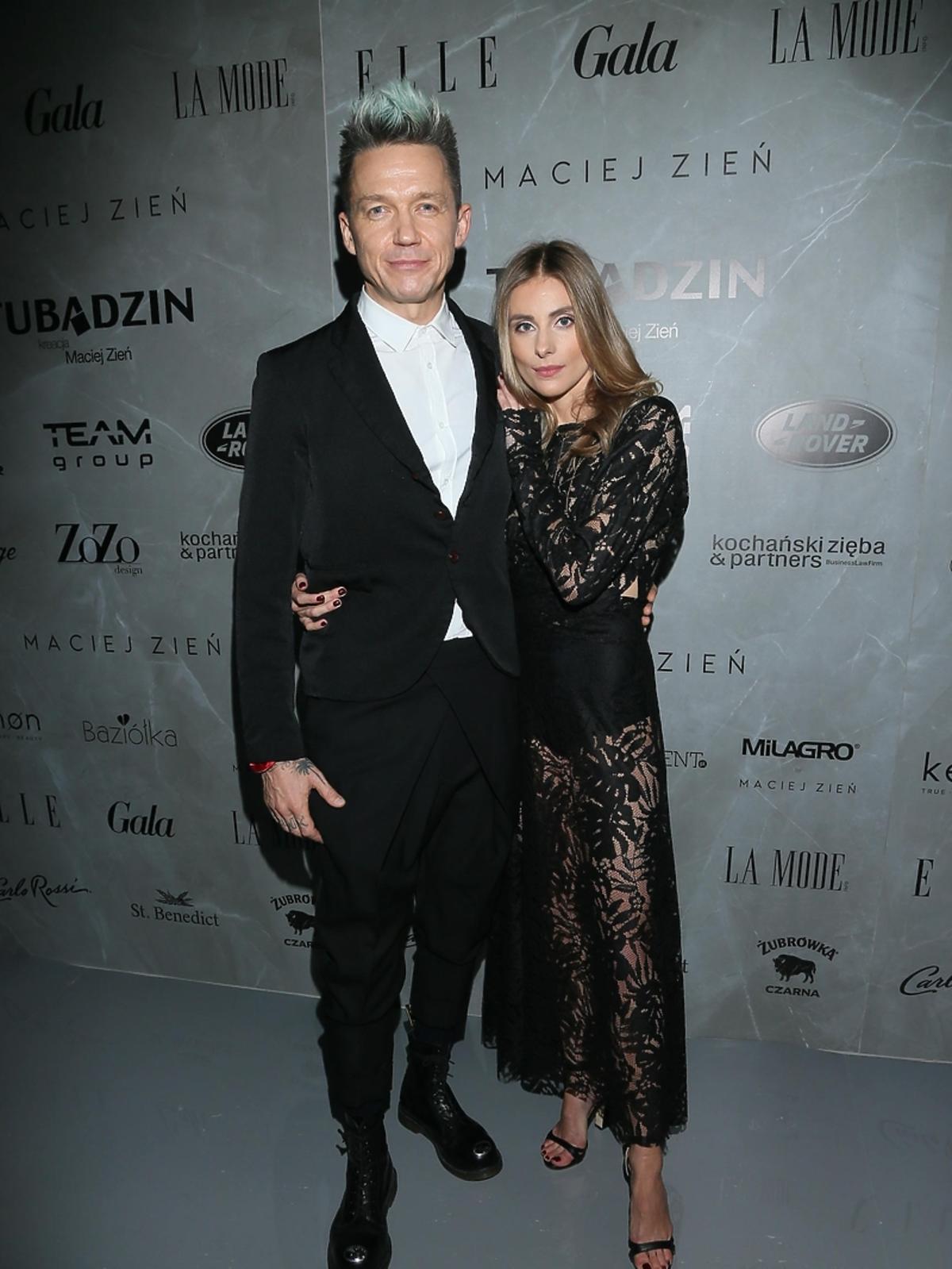 Katarzyna Zawadzka i Wojciech Mazolewski na pokazie Macieja Zienia